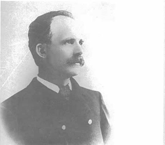 Premier chef de la Police municipale et du Service des Incendies